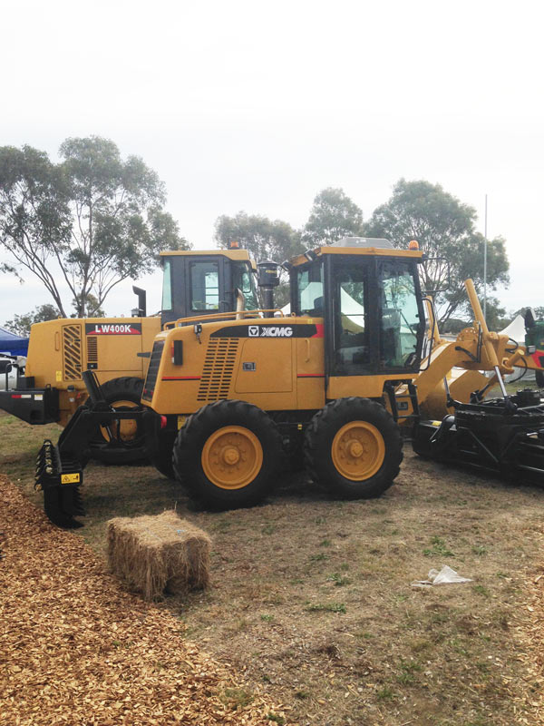 Farmfest-loaders for sale -XCMG LW400Ka