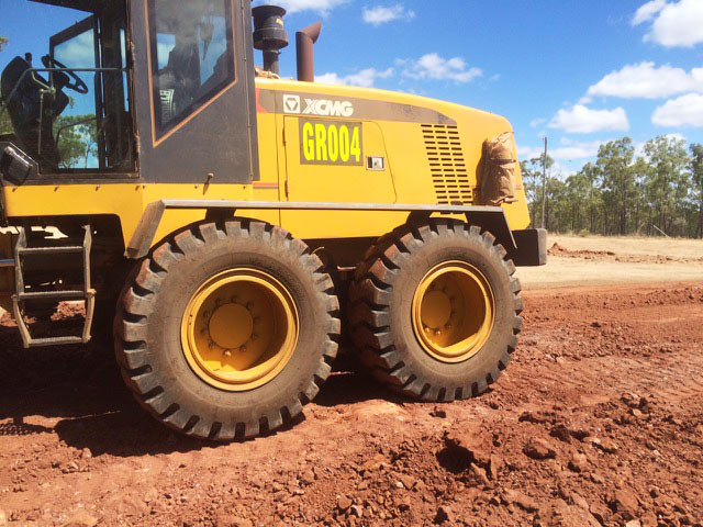 Loaders for sale - XCMG GR125 - Machinery - c